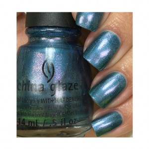 China Glaze Лак для ногтей Запомни этот декабрь (Nail Lacquer Twinkle / December To Remember) 81935 14 мл