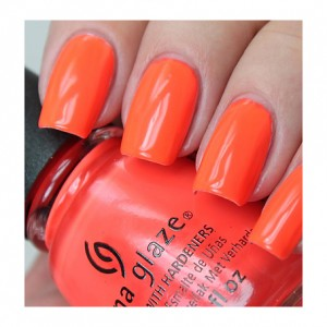 China Glaze Лак для ногтей Отрываемся China Glaze - Nail Lacquer Electric Nights Red-Y To Rave 82603 14 мл наушники philips she3900gd