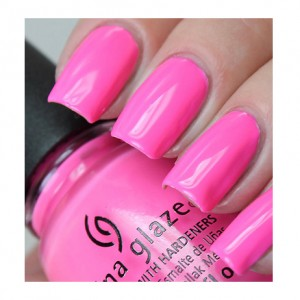 China Glaze Лак для ногтей Светомузыка (Nail Lacquer Electric Nights / Glow With The Flow) 82602 14 мл